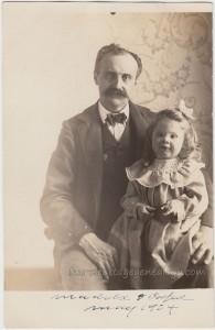 Madola And Papa May 1904 pc1