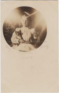 Tabby Madola And Tiny 1907 pc1